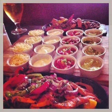 Max's Bar and Grill: Max's fajitas :)