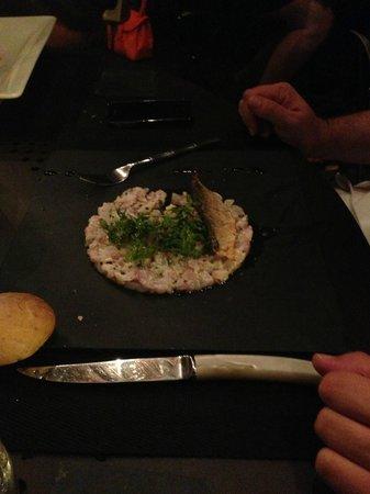 Le Bouchon a la Mer : le tartare de loup