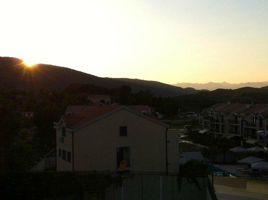 Aruba Hotel: Sunset from the balcony
