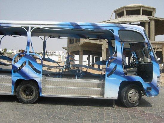 Aurora Cyrene Resort: la navetta per la spiaggia