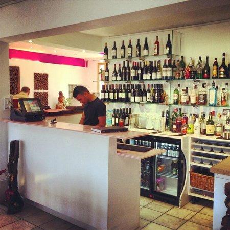 Mai Thai Restaurant at Hobbs Pavillion: Bar