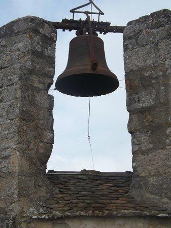 Forteresse de Najac: La cloche du haut de tour...
