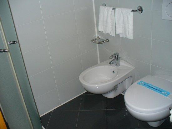 Carlyle Brera Hotel: Banheiro