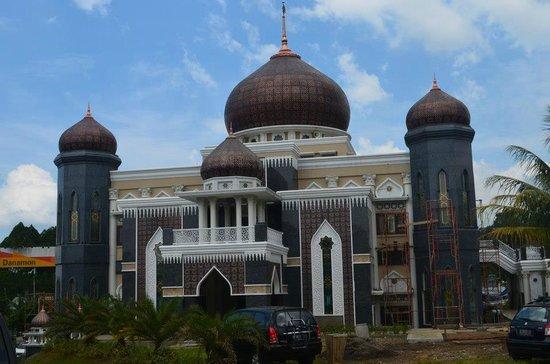 Harakatul Jannah Mosque
