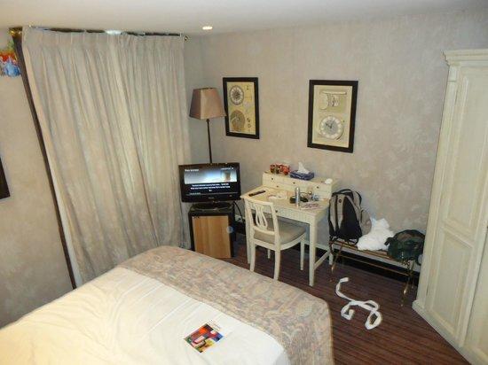 Chateaubriand Hotel: quarto