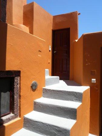 House Nicoletta: L'escalier qui monte au 2éme niveau