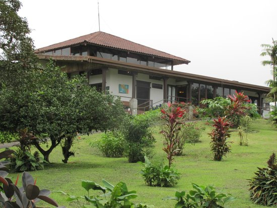 Villa Blanca Cloud Forest Hotel and Nature Reserve: main building hotel