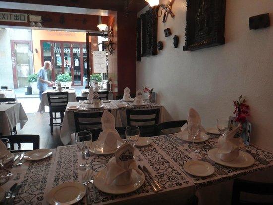 Nepal - Nepalese Cuisine: Ambiente