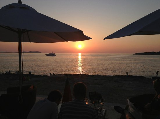 Sun Sea Bar: Sunset