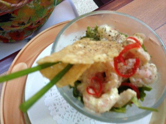 Au Biniou Restaurant: Verrine d'avocat aux crevettes de Matane