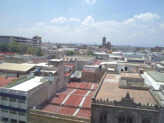 Dali Plaza Hotel: México, Guadalajara. Hotel Dali Plaza, Vista desde la ventana.