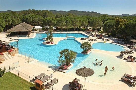 La Costa Golf & Beach Resort: Piscina