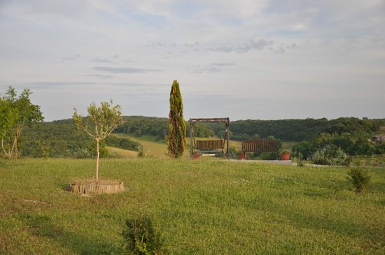 Le Moulin Pastelier : view from garden