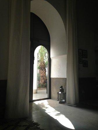 Zaouia 44: le salon lecture/cheminée/musique