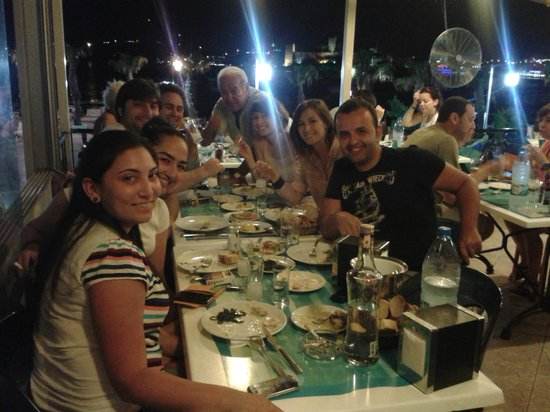 Bodrum Berk Balik Restaurant: Dostlar :)