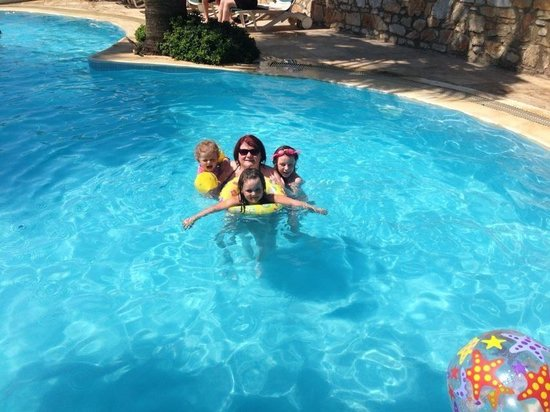 Hotel La Rosa: The pool