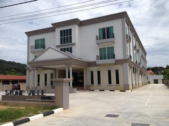 Brunei History Center: stoneville hotel, Bangar, Temburong