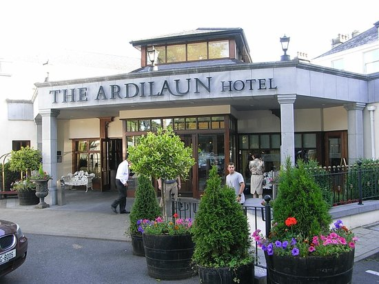 The Ardilaun Hotel : エントランス