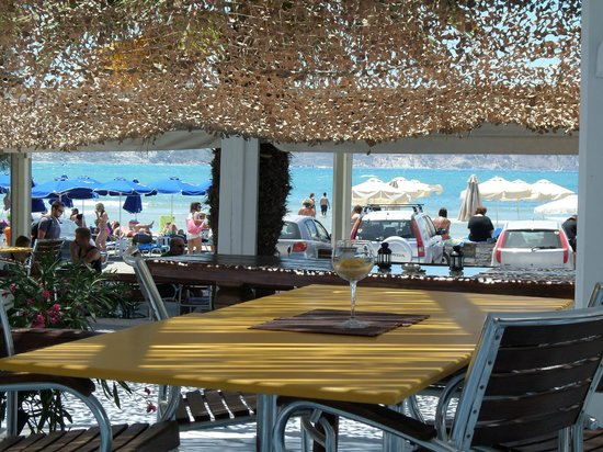 Sottovento Gourmet Mediterranean Cuisine : vista sulla spiaggia