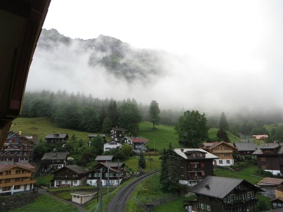 Hotel Falken Wengen: The town of Wengen