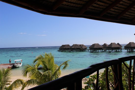 Hilton Moorea Lagoon Resort & Spa: View from the main restaurant