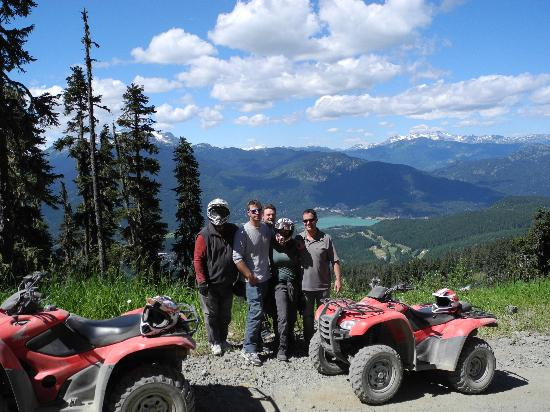 Canadian Wilderness Adventures: Photo opportunity mid-mountain