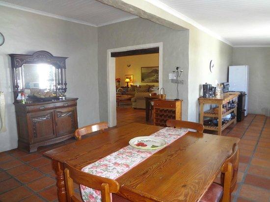 Bonnievale River Lodge: The Farmhouse kitchen