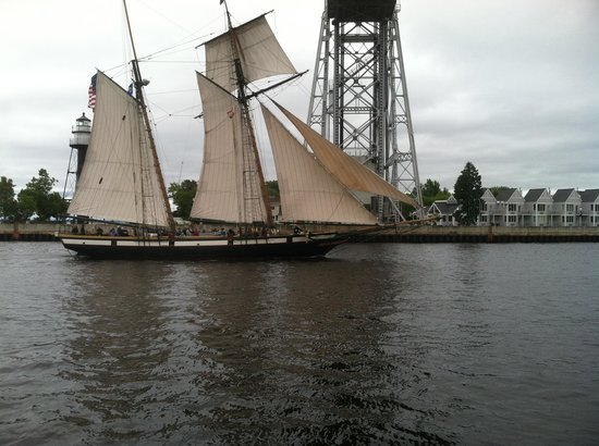 Canal Park : Tall ship coming through the canal.