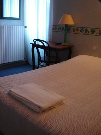 Hotel Le Cadoudal : chambre double standard