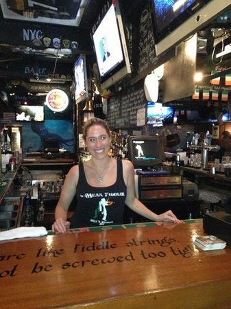 The Mean Fiddler: $4 beer made me smile too!!!