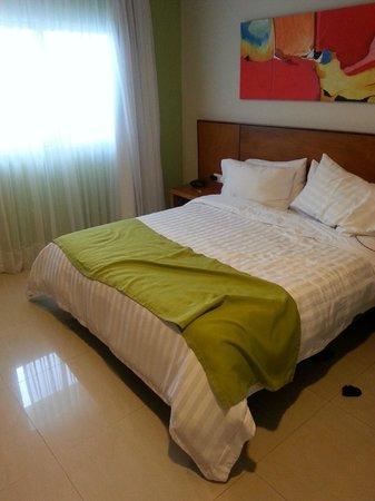 Hotel Atrium Plaza: room