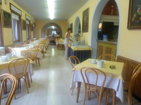 Hotel Vittoria Orlandini : Breakfast room