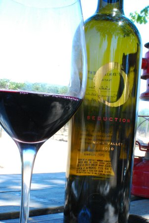 O'Brien Estate Winery: Wine with a view
