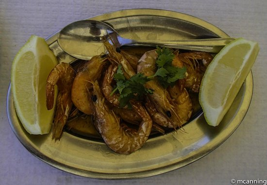 A Ribeira: Delicious grilled prawns