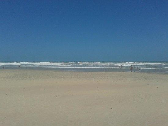 Parnaiba, PI: Praia Atalaia