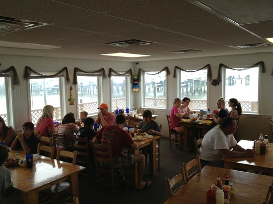The Crab Shack: Main Dining looking out on the Sound