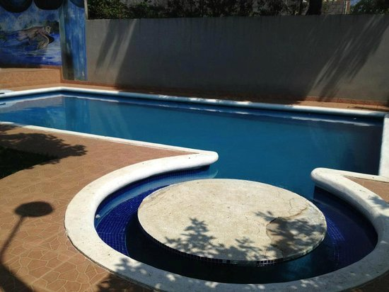 Hotel Posada El Encanto: piscina