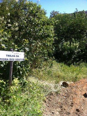 Pedra dos Ventos Resort: Sinalização para as trilhas - Nivel Moderado p/ dificil
