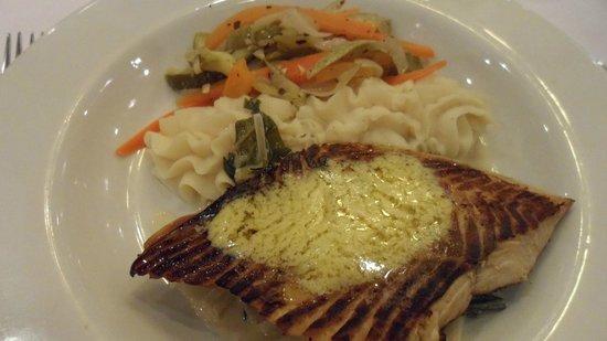 ClubHotel Riu Bambu: Restaurante Italiano Hotel Riu Bambu - salmão com creme de pistache