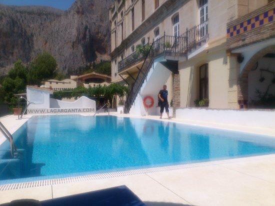 Complejo Turistico Rural La Garganta : la garganta pool