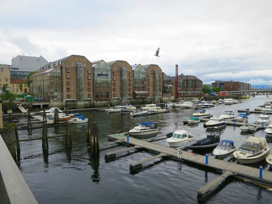 Radisson Blu Royal Garden Hotel, Trondheim: Outside view of the hotel