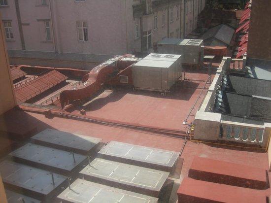 Hotel Geneve Ciudad de México: Rooms in the back