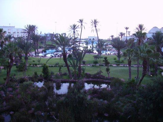 Palais des Roses : vue de la terrasse