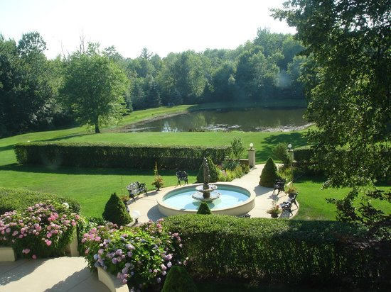 Belvedere Inn & Restaurant: Gardens--gracious and peaceful