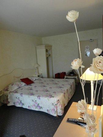 Hotel Au Sans Souci: Habitación doble