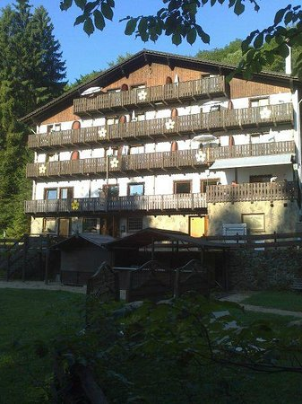 Wolffhotel : front view