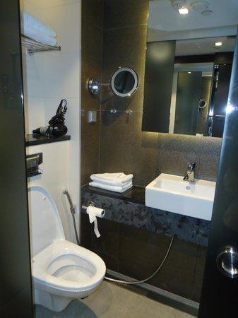 GLO Hotel Art : Nice bathroom