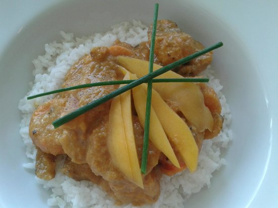 Nomad Cafe : Rum and coconut curry