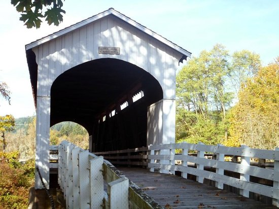 Cottage Grove Covered Bridge Tour Route: Currin Bridge