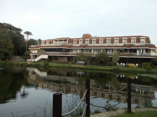 St. Pierre Park Hotel, Spa & Golf Resort: view of the hotel